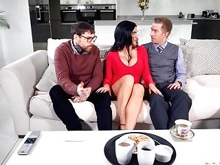 Black-haired Mummy Gets Collective In Pretty Intriguing Xxx Scenes