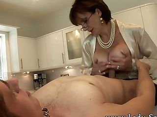 Lady Sonia Gives Youthful Employee Blow-job Facial Cumshot Money-shot - Ladysonia