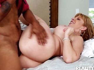 Horny Matures With Big Jugs Smiles While Railing Youthfull Pecker