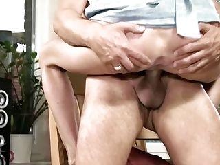 Hitzefrei Hot Blonde Mummy Fucked On The Kitchen Table