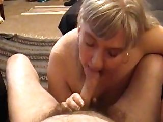Kim Bates Takes Salami In Her Mouth. Are You Ready?