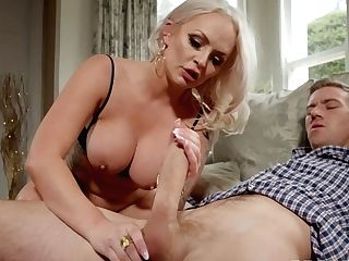 Gonzo Old And Youthful Vag Fuck With Louise Lee & Danny D