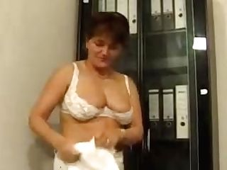 Horny German Housewifes