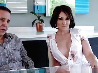 Super-naughty Cougar Yasmin Deepthroats & Fucks Her Stunned Cousin
