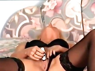 Vibro Orgasm - Julia Reaves
