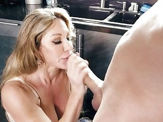Mega Huge-titted Mummy Farrah Dahl Gets In Pants Of Her Step Son-in-law And Gives Him A Good Suck Off