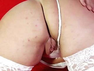 Buttfuck On The Couch Dark-haired Cougar