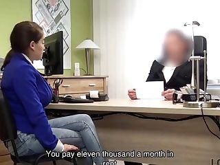 Loan4k. Lengthy-haired Lady Mischel Lee Wants To Earn Money