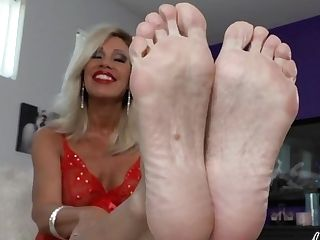 Spunk For Brilliant Matures Feet - Nikki Ashton -