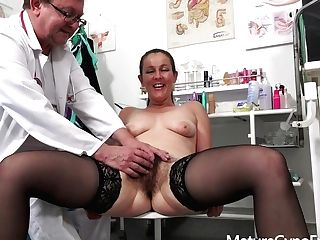 Obgyn Check-up Movie With Kinky Cougar Valentina Ross