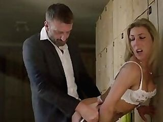 Mariskax Blonde Cougar Nikky Clarisse Takes It In Her Caboose