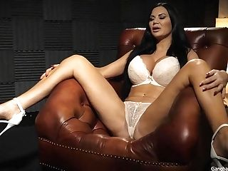 Big-boobed English Stunner Gets Group-fucked