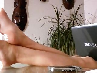 Mistress Foot Service 30