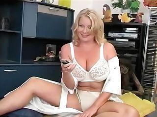 Smokin' Hot Mom