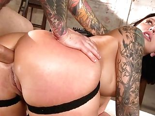 Curvy Cougar Ivy Lebelle Is Face Fucked Before A Rough Buttfucking