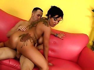 Chesty Cougar Stunner Sienna Licks Backside, Gargles Dick And Rails His Lengthy Pecker