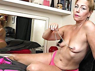 Nasty Matures Granny Plays With Her Fucktoys - Homemade Porno